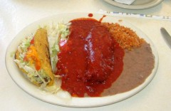 Combo Plate with Chile Relleno and Red