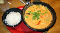 Red Curry Seafood Noodles